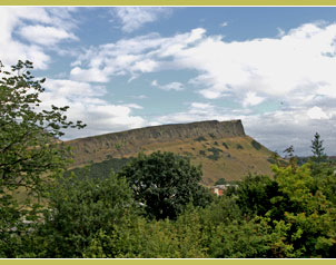 Salisbury Crags and Arthur's seat near Holyrood Palace
